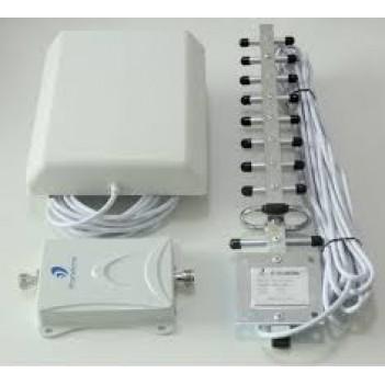 Репитер 3G Модель G70 + 2 антенны панель